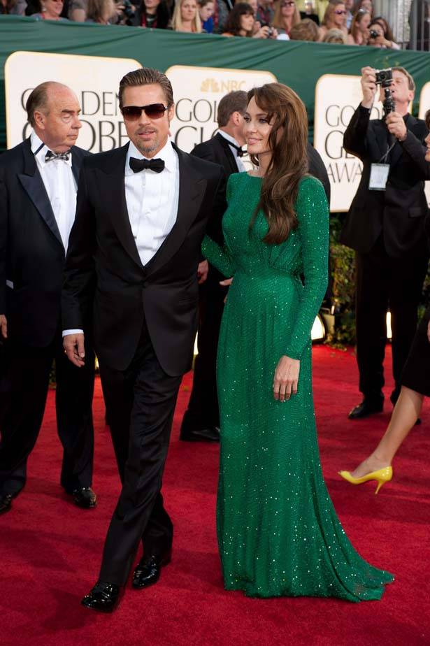 angelina jolie dress golden globes 2011. angelina jolie green dress.