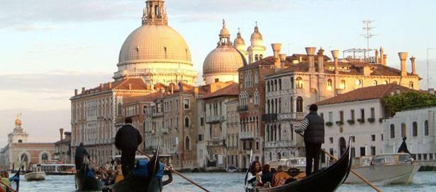 Venice-Gondola1