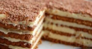 Бисквит торта со еурокрем