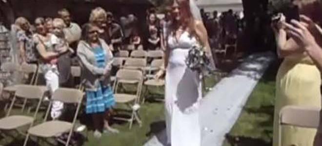 Wow каква луда невеста: На гостите им е срам да ја гледаат:)