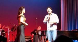 Бил во публиката, а потоа се качил на сцена со што ги воодушевил присутните