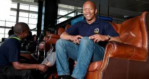 Бил сиромашен чистач на чевли, а денес заработува милиони