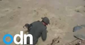 Полицаец забележал нешто во надојдената река. Она што уследило остава без текст!