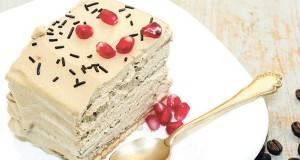 Торта со пудинг и бисквити