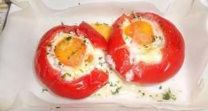 Јајца во домат