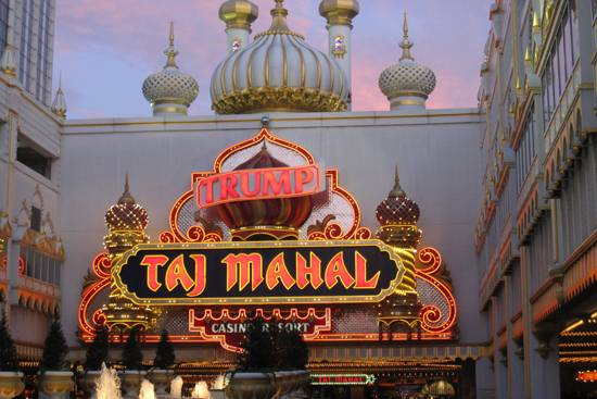 Coupons for Stores Related to trumptaj.com