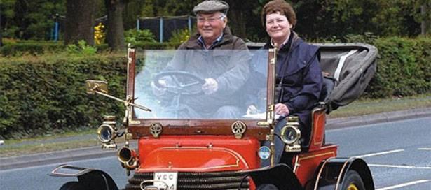 107-godini-star-avtomobil.jpg