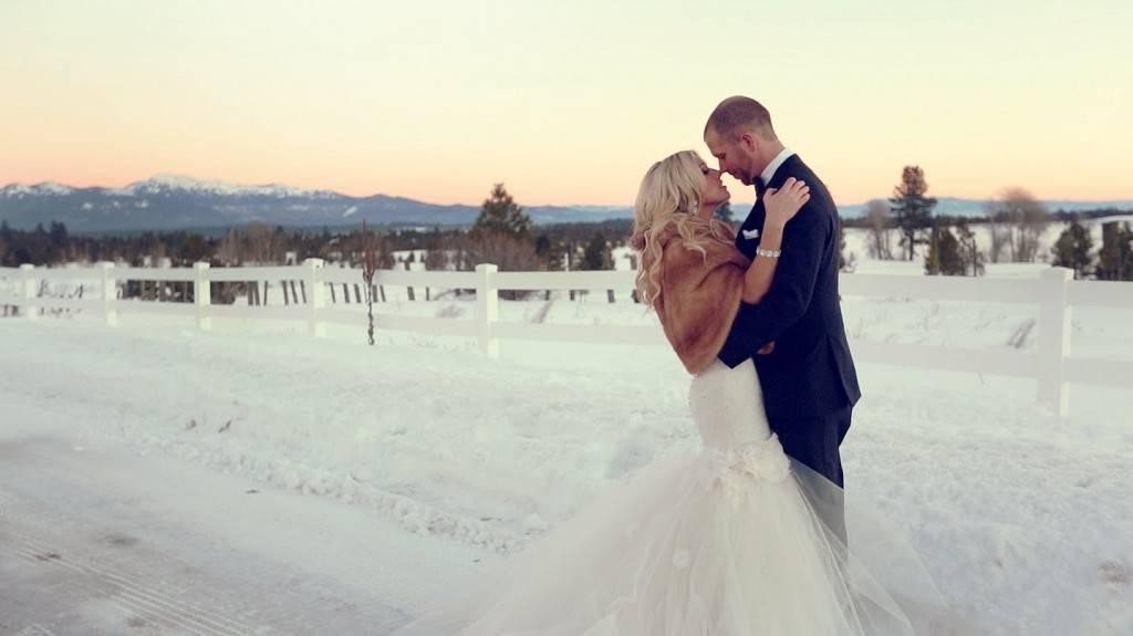 Емотивно ветување на младоженец за малата поќерка расплака милиони лица