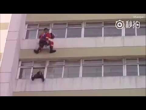 Сакала да се убие, а потоа пожарникарот направил нешто што ќе остави без текст!
