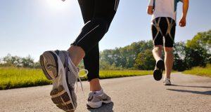 Како да вежбате на жешко време?