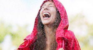 """Страв од среќа? Луѓето се плашат да уживаат за да не им се """"врати"""""""