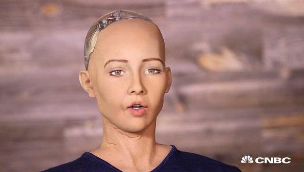 Robot-Sophia-620x350-e1515755014545.jpg