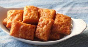 Крцкави крекери со кашкавал