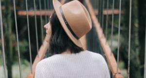 Како да го пропатувате целиот свет и заработите: 6 совети на туристичка блогерка за економични патувања во самостојна организација