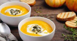 Рецепт на денот: Воодушевете го семејството со посна крем супа од тиква!