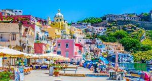 Procida и Ischia: Запознајте се со најубавите острови на Италија кои ќе ве освојат на прв поглед