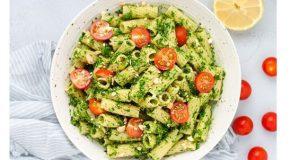 Рецепт на денот: Тестенини со авокадо песто