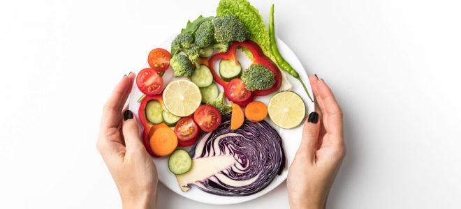 Дали знаете кои се придобивките од сировата храна?