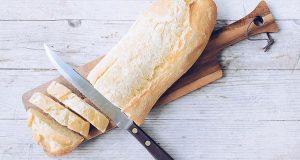 Не фрлајте стар леб! Со овој трик ќе биде уште посвеж :)