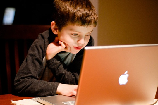 children-addicted-to-computer-games_1