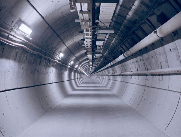 61883395-tunel