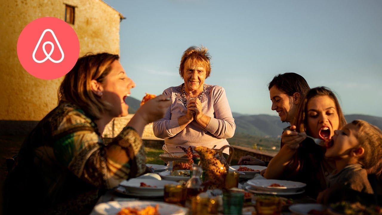 Заработува, а не излегува од дома: Баба Нерина од Италија го воодушеви светот со нејзиното онлајн готвење