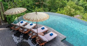 Млада двојка која преку инстаграм заработи доволно за вила во Бали