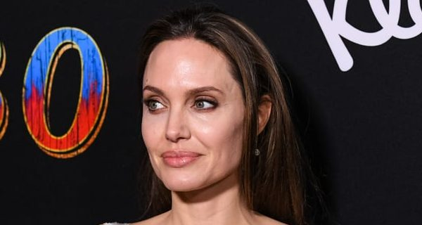 angelina-jolie-best-beauty-looks