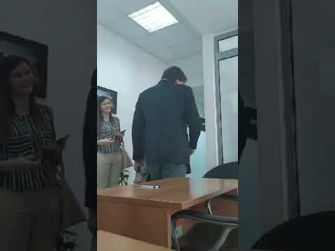 Хаосот во Црна Гора не стишува. Будва е на ред. Градоначалникот ГО ИСКИНАЛ решението за разрешување… (видео)