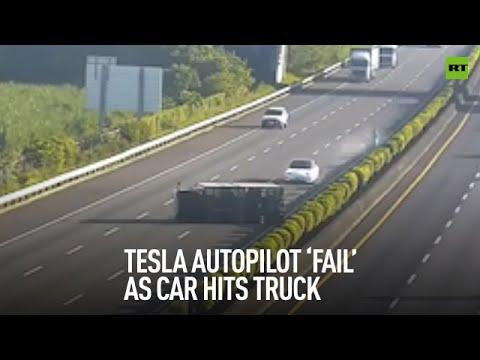 """Кога Автопилотот ќе """"закаже"""" циркузот е неминовен! Несекојдневно видео со автомобил Тесла и несоодветен возач!"""