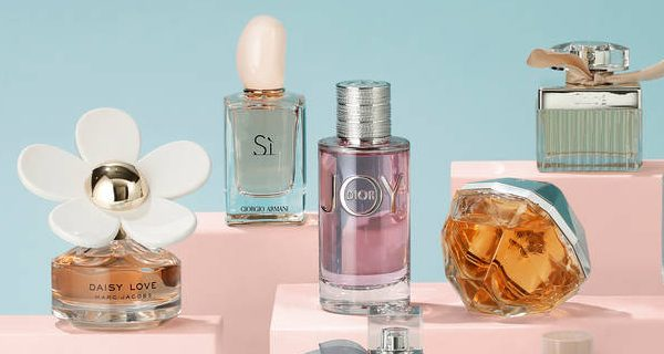 top_dame_parfumer_hi-res