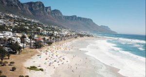 Најубавото одморалиште во Јужна Африка: Camps Bay е синоним за бело песочна плажа и луксуз (ФОТО + ВИДЕО)