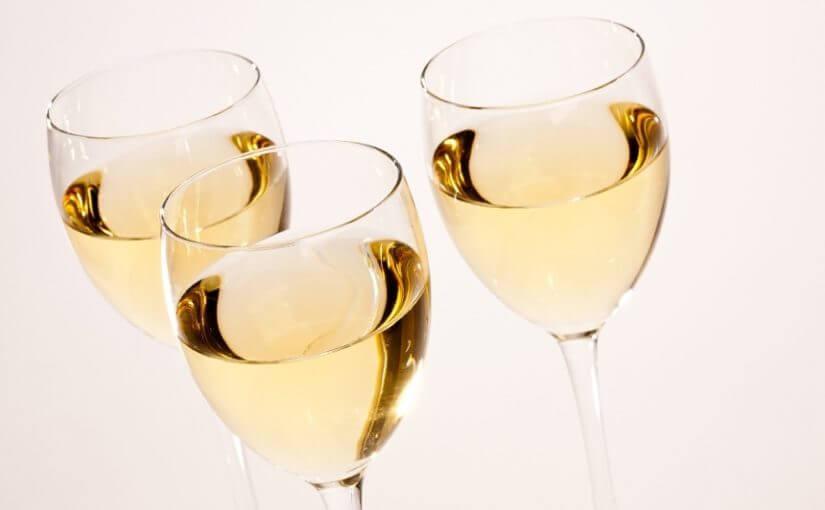 bijelo-vino-825x510