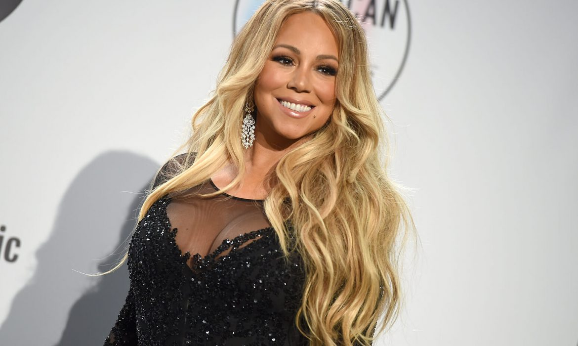 mariah-carey-amas-press-room-2018-billboard-1548-1170x700