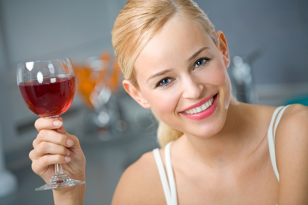 Crveno vino zdravica shutterstock_1000x0