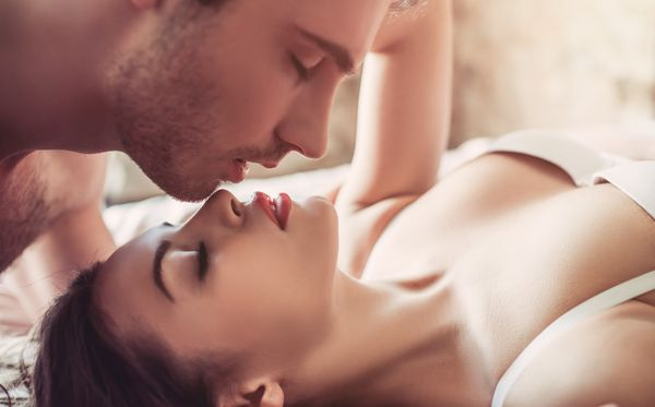 62031454-seks-strast-ljubavni-par