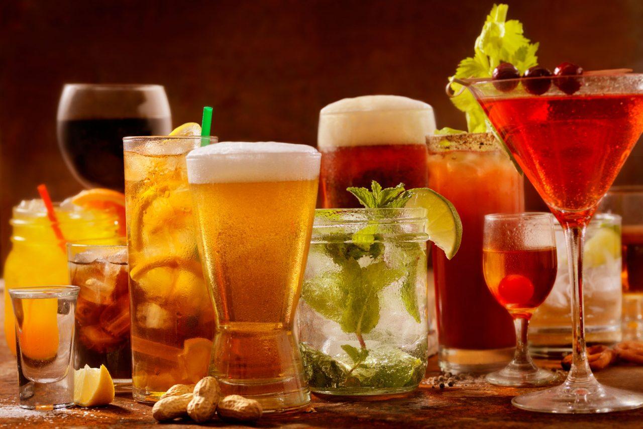 bar101-cocktails-504754220-580e83415f9b58564cf470b9
