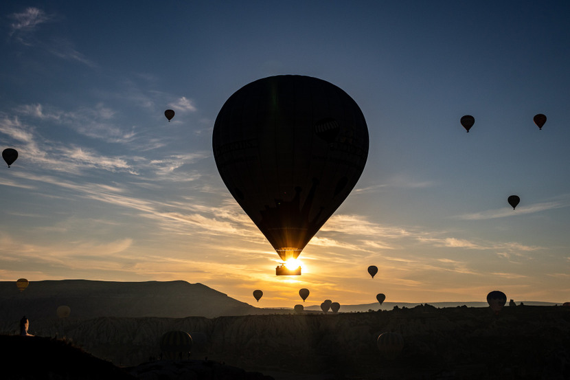 hot-air-balloon-45640031920-830x0-1.jpg