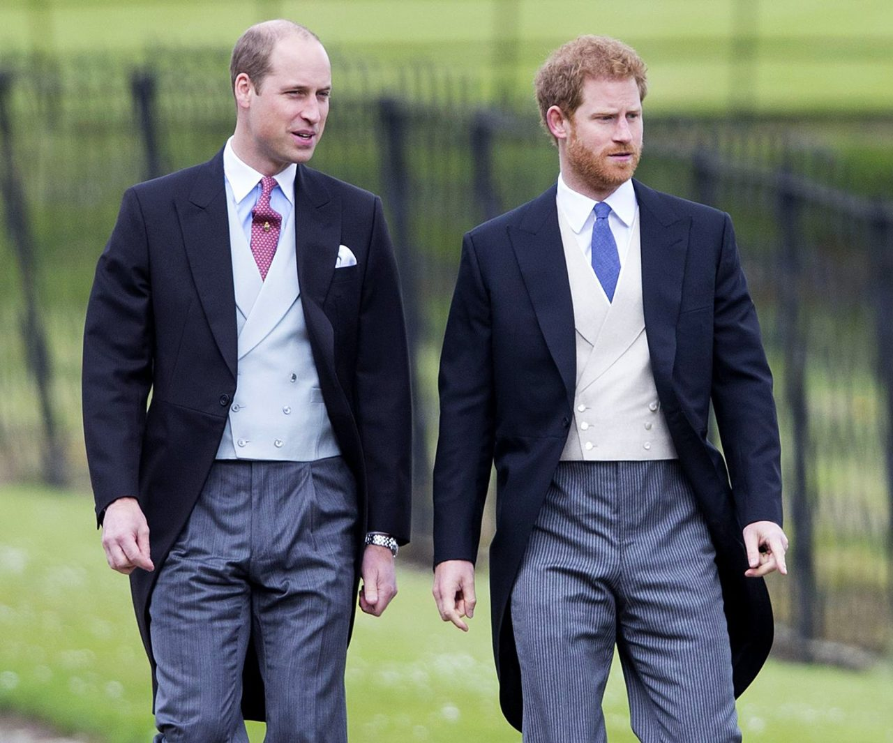 Inside-Prince-William-and-Prince-Harry-Relationship-Over-the-Years-07