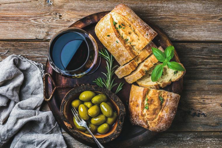112961_hilandarski-hleb-sa-maslinama_ls