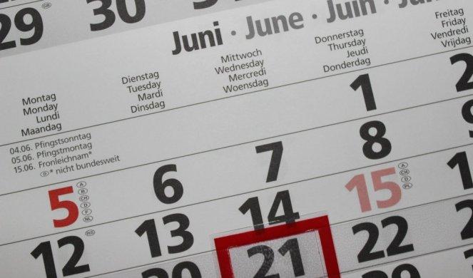 337840_calendar-2428560-1920_f