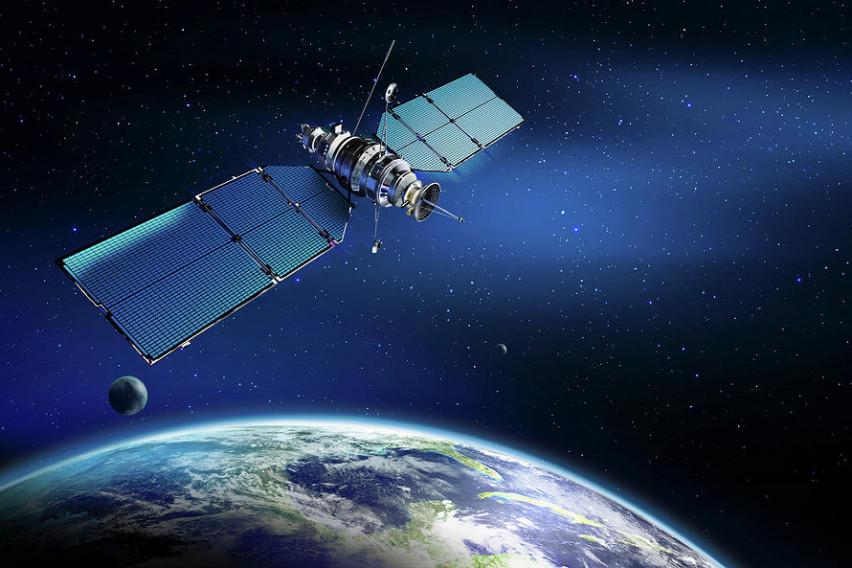 Lst0o-sateliti-zemja
