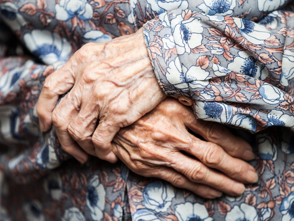 Aging,Process,-,Very,Old,Senior,Woman,Hands,Wrinkled,Skin