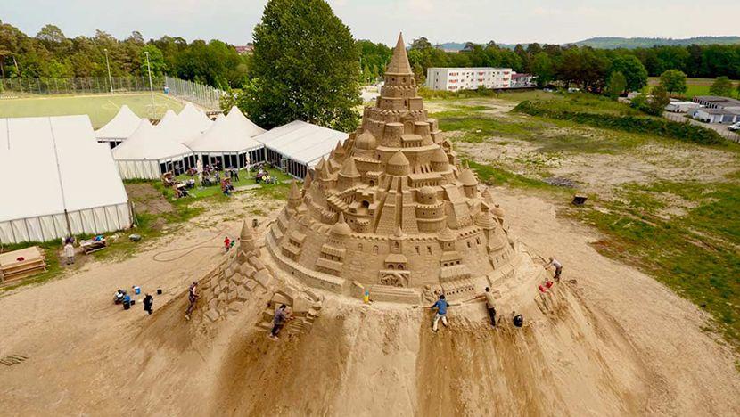 najvisi-dvorac-od-peska003-830x0