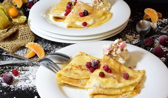 276242_pancakes-3926009-960-720_f