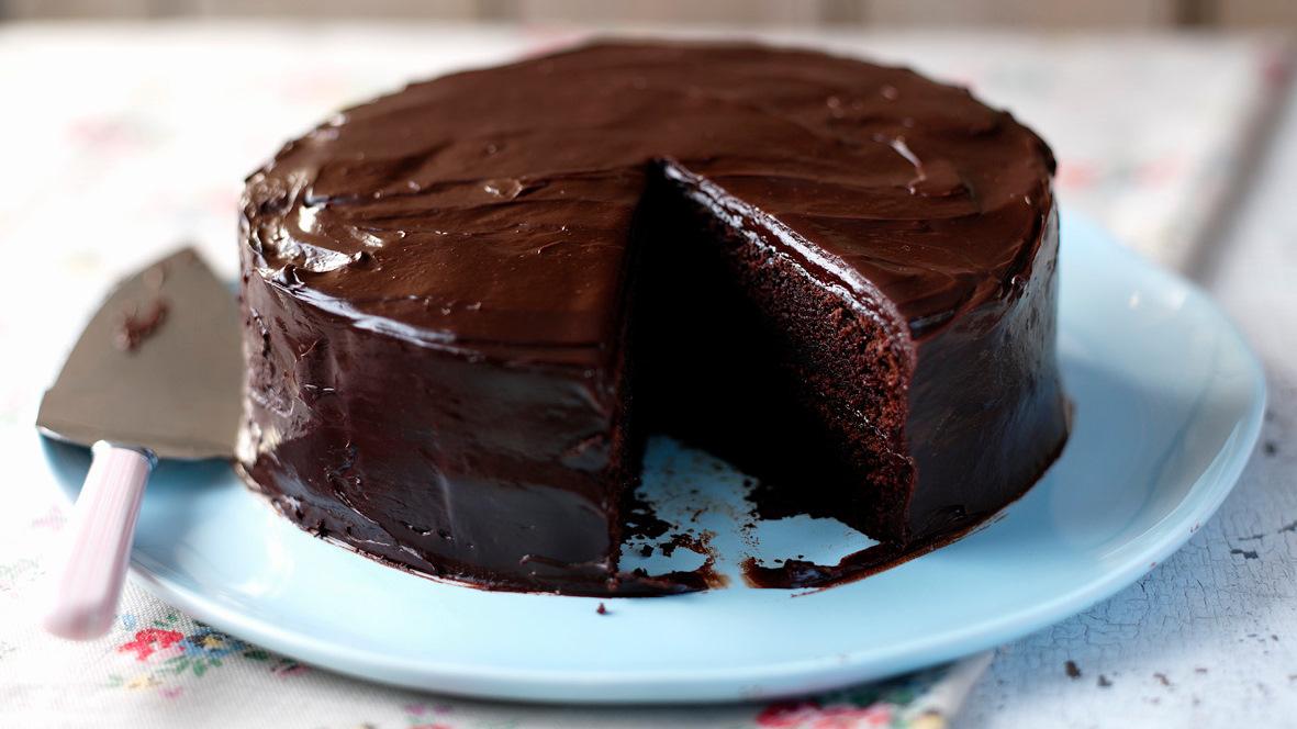 easy_chocolate_cake_31070_16x9