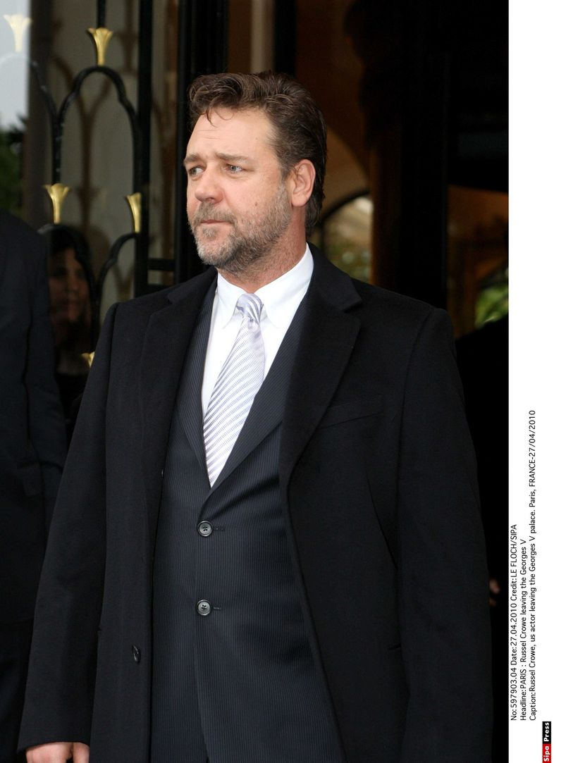 russell-crowe-830x0