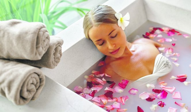 359251_stock-photo-spa-relax-in-flower-bath-woman-health-and-beauty-closeup-beautiful-sexy-girl-bathing-with-rose-391998286_f
