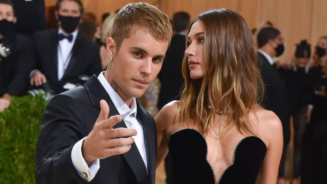 Justin-Bieber-Hailey-Bieber