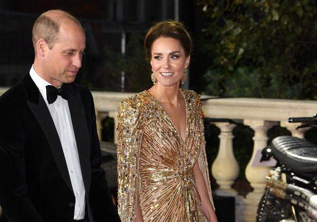 Mourir-peut-attendre-Kate-Middleton-illumine-le-tapis-rouge-du-nouveau-James-Bond